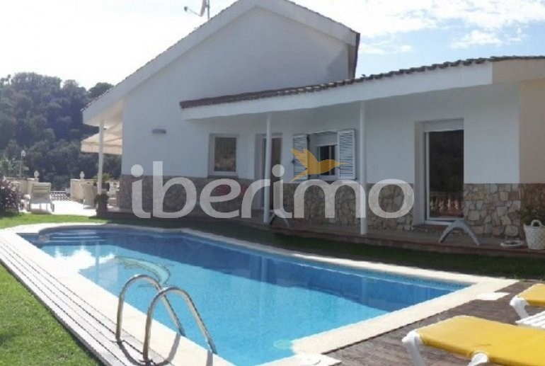 Holiday rentals Tossa de Mar - House - 8 persons - BBQ - Photo N° 1