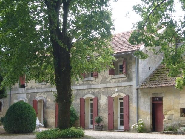 Location vacances Saint-Philippe-d'Aiguille -  Gite - 9 personnes - Barbecue - Photo N° 1