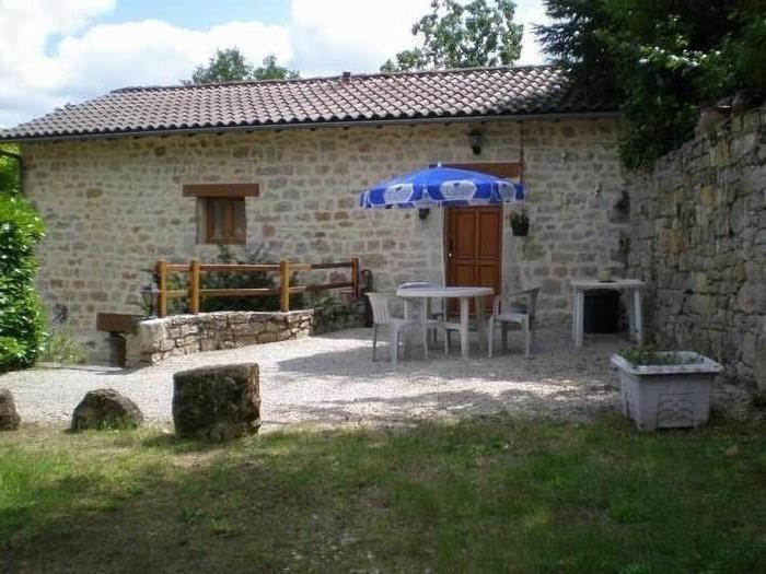Location vacances Salles-la-Source -  Maison - 4 personnes - Barbecue - Photo N° 1