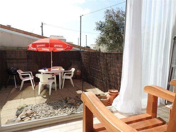 Location vacances Les Sables-d'Olonne -  Appartement - 4 personnes - Micro-onde - Photo N° 1