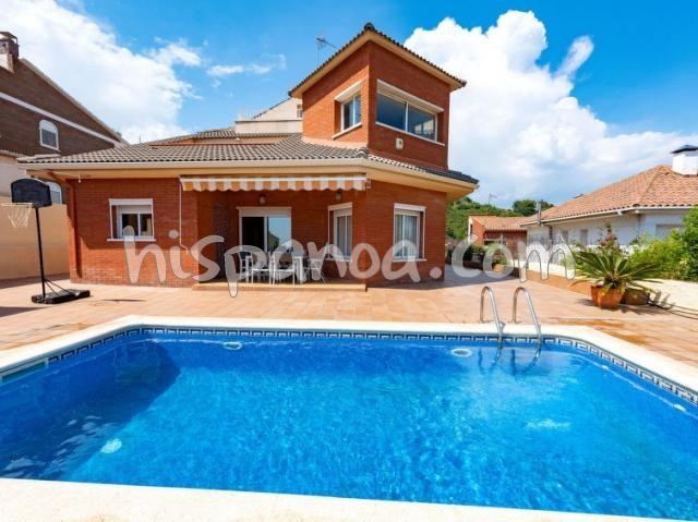 Location  à Viladecans Costa Brava avec parking, piscine, internet | 36167
