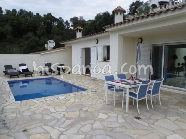 Location vacances Tossa de Mar -  Maison - 4 personnes - Barbecue - Photo N° 1