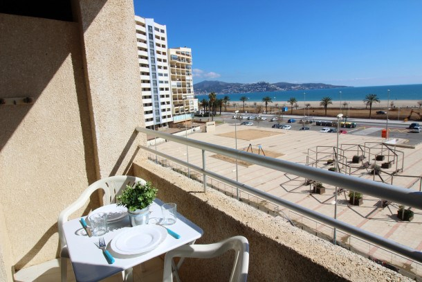 Location vacances Castelló d'Empúries -  Appartement - 3 personnes - Télévision - Photo N° 1