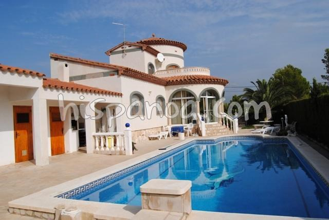 Location villa à Ametlla de Mar pour 14 personnes | sarmarino