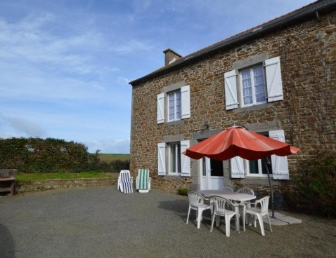 Location vacances Saint-Guinoux -  Maison - 5 personnes - Barbecue - Photo N° 1