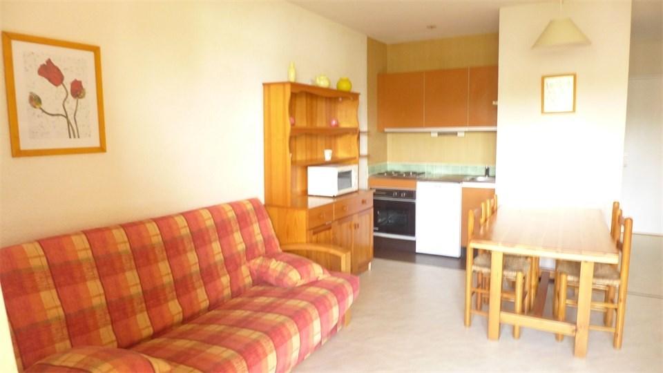 Appartement 4 personnes comprenant une pièce plus alcôve séparée pour le coin nuit d'une superfic...