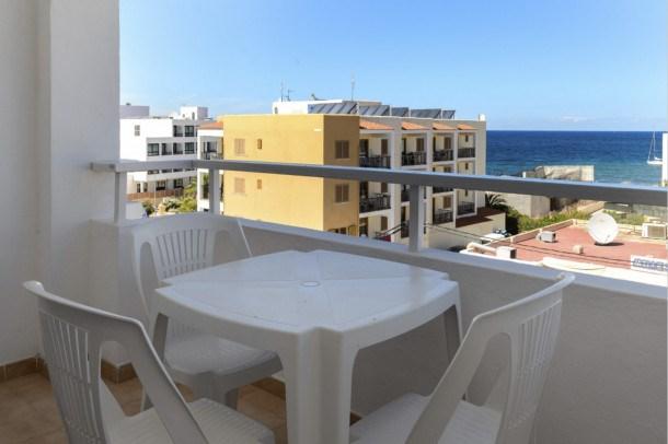 Location vacances Sant Josep de sa Talaia -  Appartement - 3 personnes - Télévision - Photo N° 1