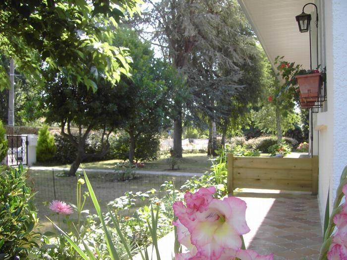 Location vacances Arès -  Appartement - 4 personnes - Barbecue - Photo N° 1