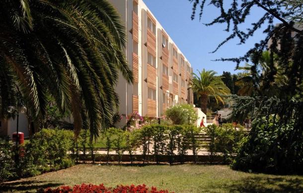 Location vacances La Londe-les-Maures -  Appartement - 6 personnes - Congélateur - Photo N° 1