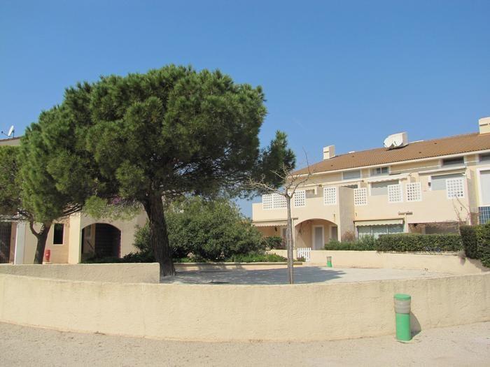 Location vacances Hyères -  Appartement - 4 personnes - Jardin - Photo N° 1