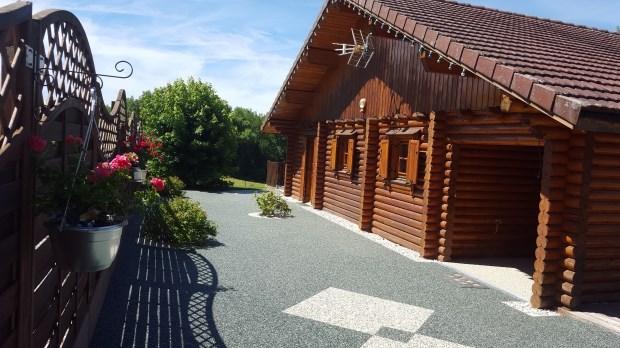 Location vacances Le Latet -  Maison - 8 personnes - Barbecue - Photo N° 1