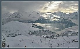 Vue du balcon sur L'Alpes d'huez 18500m