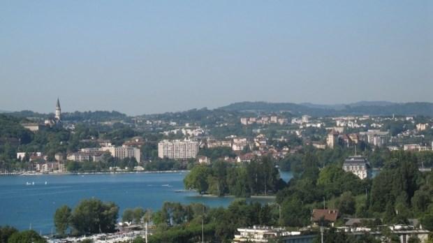 coquet appt en rez de Jardin ds villa vue Lac et ville - Annecy le Vieux