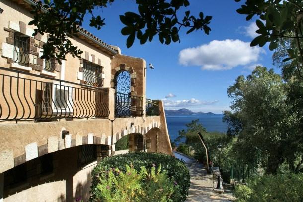 Location vacances Roquebrune-sur-Argens -  Maison - 8 personnes - Barbecue - Photo N° 1