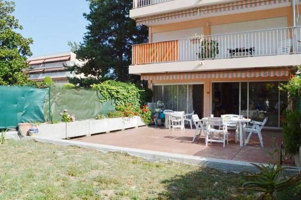 Location vacances Antibes -  Appartement - 4 personnes - Télévision - Photo N° 1