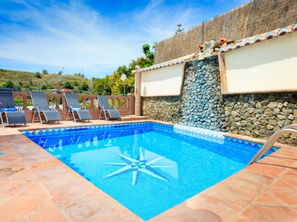 Location vacances Nerja -  Maison - 5 personnes - Barbecue - Photo N° 1