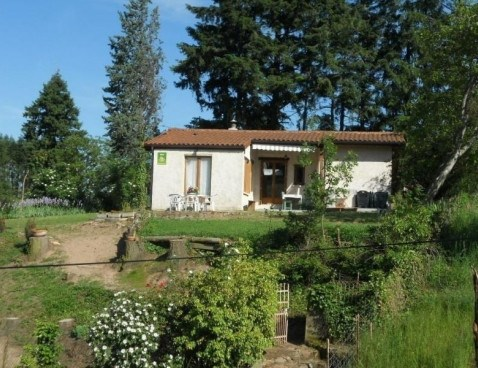 Location vacances Saint-Haon-le-Châtel -  Maison - 6 personnes - Barbecue - Photo N° 1