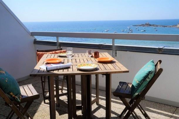 Appartement 2 pièces 4/5 personnes - vue imprenable sur la mer et son Fort