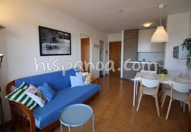 Location vacances Castelló d'Empúries -  Appartement - 4 personnes - Salon - Photo N° 1