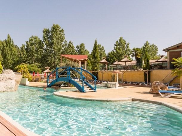 Location vacances Lamonzie-Montastruc -  Maison - 6 personnes - Salon de jardin - Photo N° 1