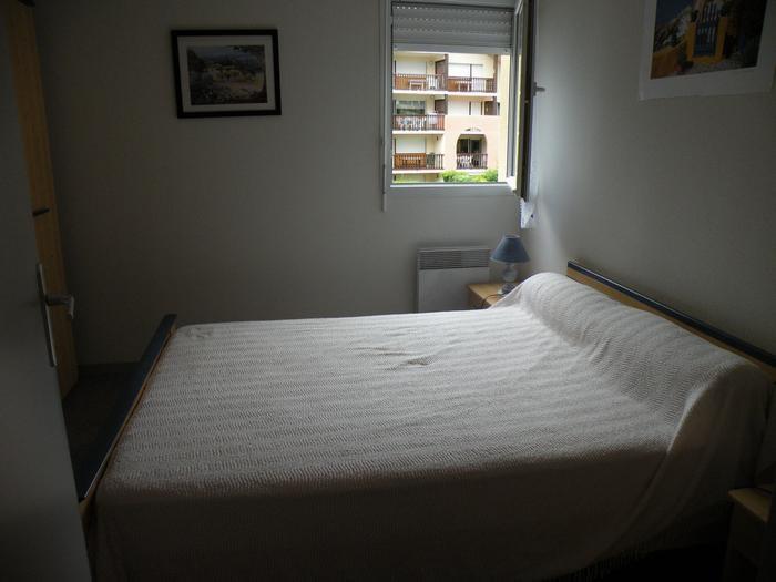 chambre à coucher 2 personnes