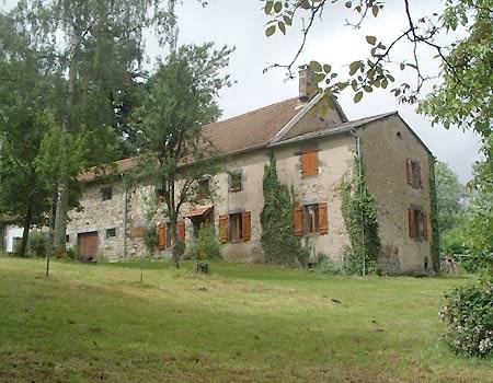 Location vacances La Goutelle -  Gite - 6 personnes - Barbecue - Photo N° 1