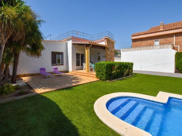 Location vacances Torredembarra -  Maison - 6 personnes - Barbecue - Photo N° 1