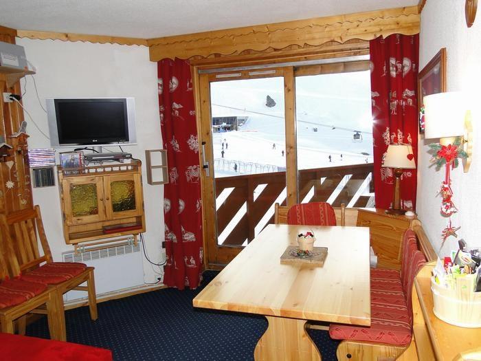 Ferienwohnungen Les Belleville - Wohnung - 5 Personen - Liegestuhl - Foto Nr. 1