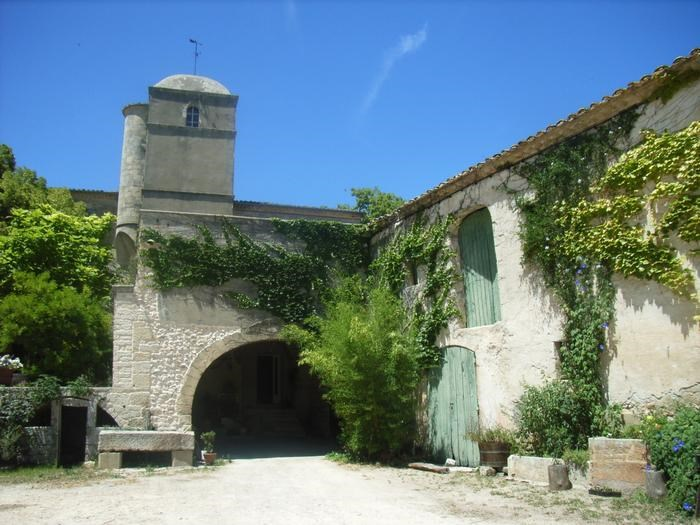 Holiday rentals Galargues - House - 6 persons - BBQ - Photo N° 1