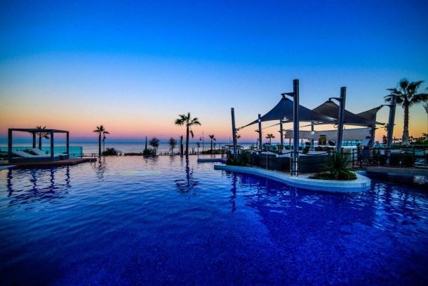 Apartamento con vistas, en primera linea de mar con WIFI, AACC, Gimnasio, Sauna Sea Senses Torrevieja Bennecke Califo...