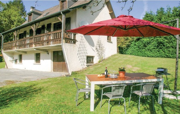 Location vacances Tarnac -  Maison - 8 personnes - Barbecue - Photo N° 1