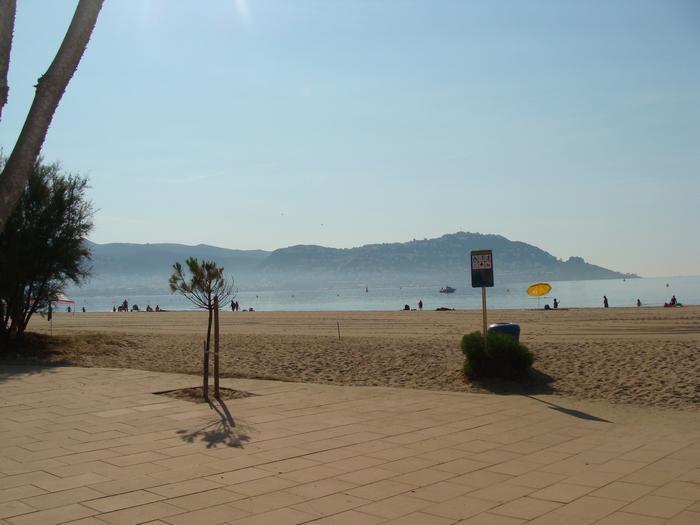 plage a 100m