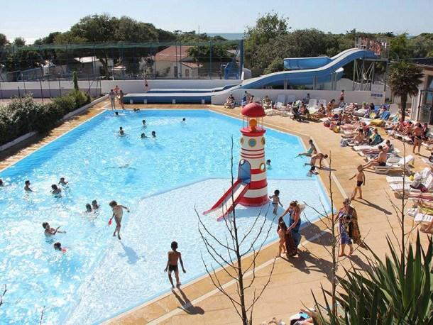 Location vacances Saint-Georges-d'Oléron -  Maison - 4 personnes - Salon de jardin - Photo N° 1