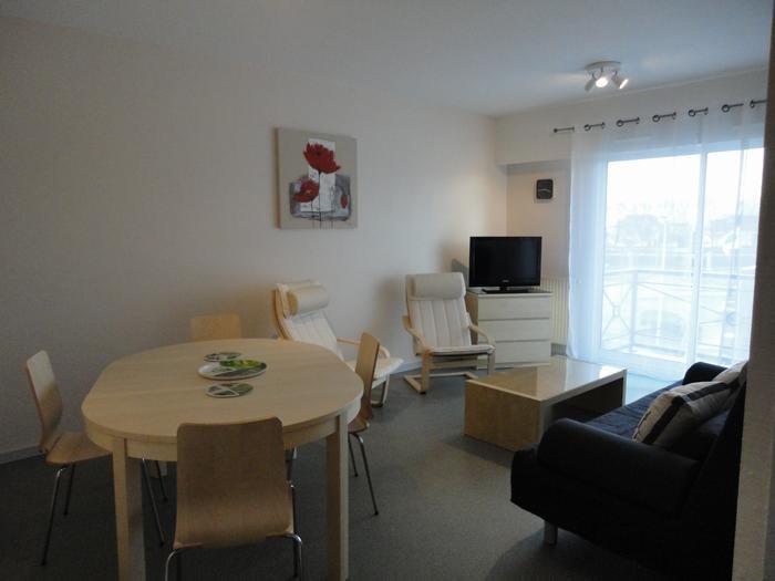 Location vacances Rochefort -  Appartement - 6 personnes - Salon de jardin - Photo N° 1