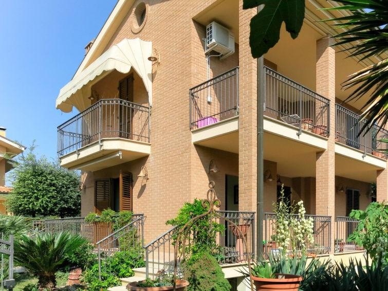 Location vacances Pineto -  Maison - 11 personnes -  - Photo N° 1