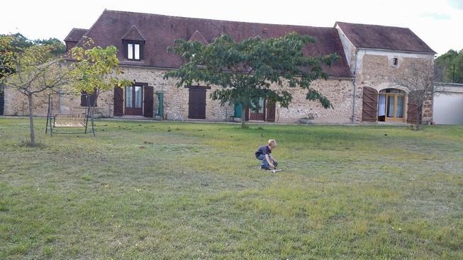 Location vacances Rouffignac-Saint-Cernin-de-Reilhac -  Maison - 6 personnes - Barbecue - Photo N° 1