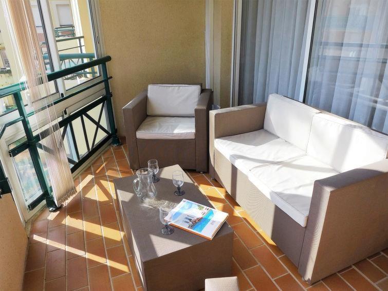 Location vacances Fréjus -  Appartement - 5 personnes - Salon de jardin - Photo N° 1