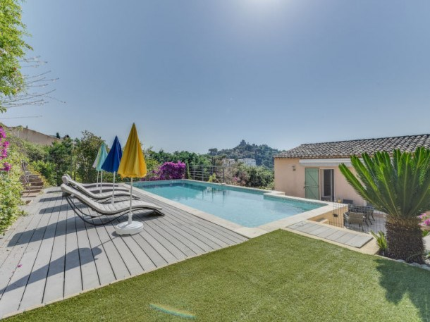 Location vacances Grimaud -  Maison - 8 personnes - Barbecue - Photo N° 1