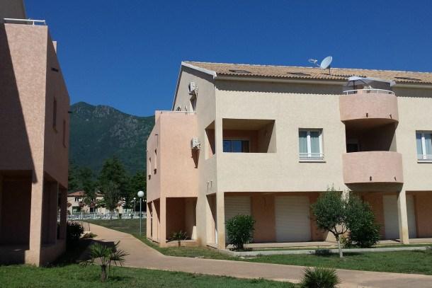 Location vacances Santa-Maria-Poggio -  Appartement - 6 personnes - Télévision - Photo N° 1