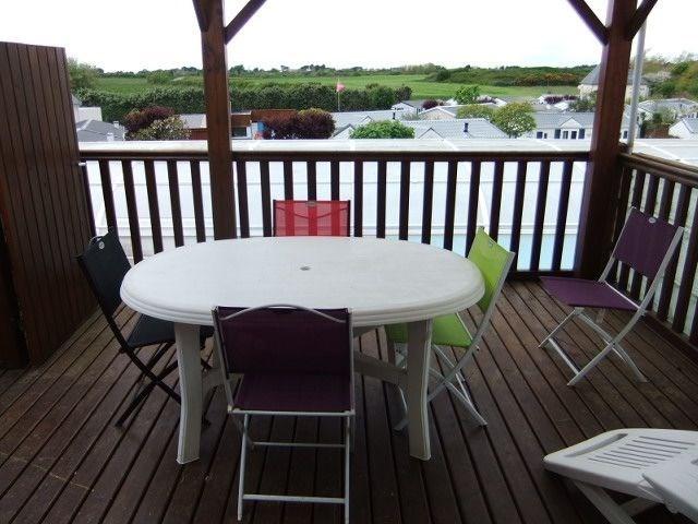 Appartement avec une grande terrasse à 700m de la mer