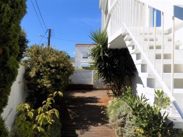 Location vacances Royan -  Maison - 8 personnes - Terrasse - Photo N° 1