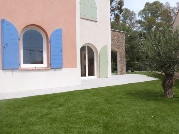 T2 climatisé avec terrasse et jardin à 300 m de la mer