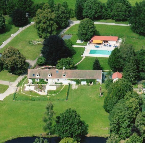 Appartement pour 16 pers. avec piscine privée, Jeanménil