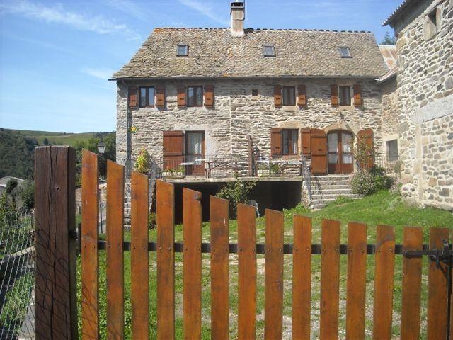 Location vacances Saint-Pierre-de-Nogaret -  Maison - 11 personnes - Barbecue - Photo N° 1