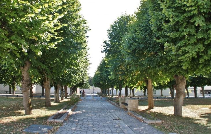 Terrain  de 760 m² Saint-Rogatien par MAISONS DU MARAIS - AGENCE DE LA ROCHELLE