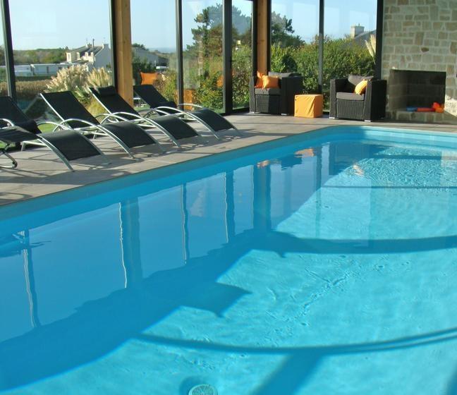 pour 8 pers. avec piscine privée, Roscoff