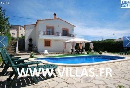 Villa CV Vero - Villa simple, confortable et indépendante située dans un quartier calme résidentiel de Lloret de Mar.