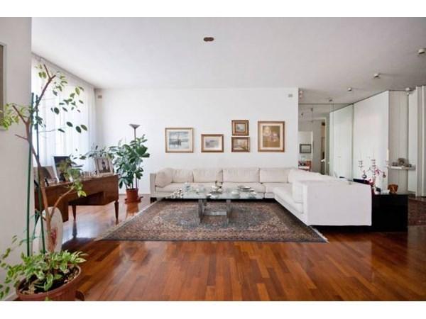 Vente Appartement 6 pièces 370m² Bologna