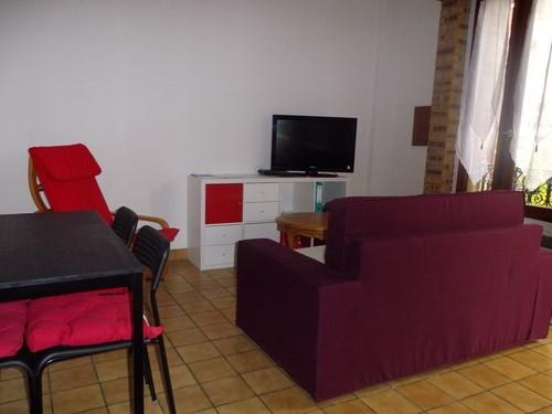 LE PONCELOT Gîte meublé, deux épis, 50 m². Confortable et lumineux.