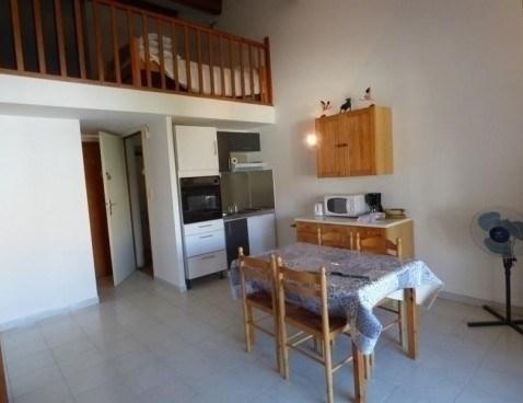 Location vacances Saintes-Maries-de-la-Mer -  Appartement - 4 personnes - Télévision - Photo N° 1